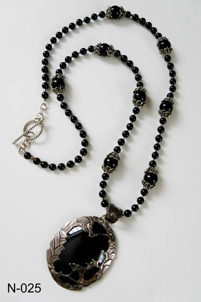 Varvara harmon jewelry n 025 sterling silver black onyx necklace fresh water pearls necklace aloadofball Choice Image